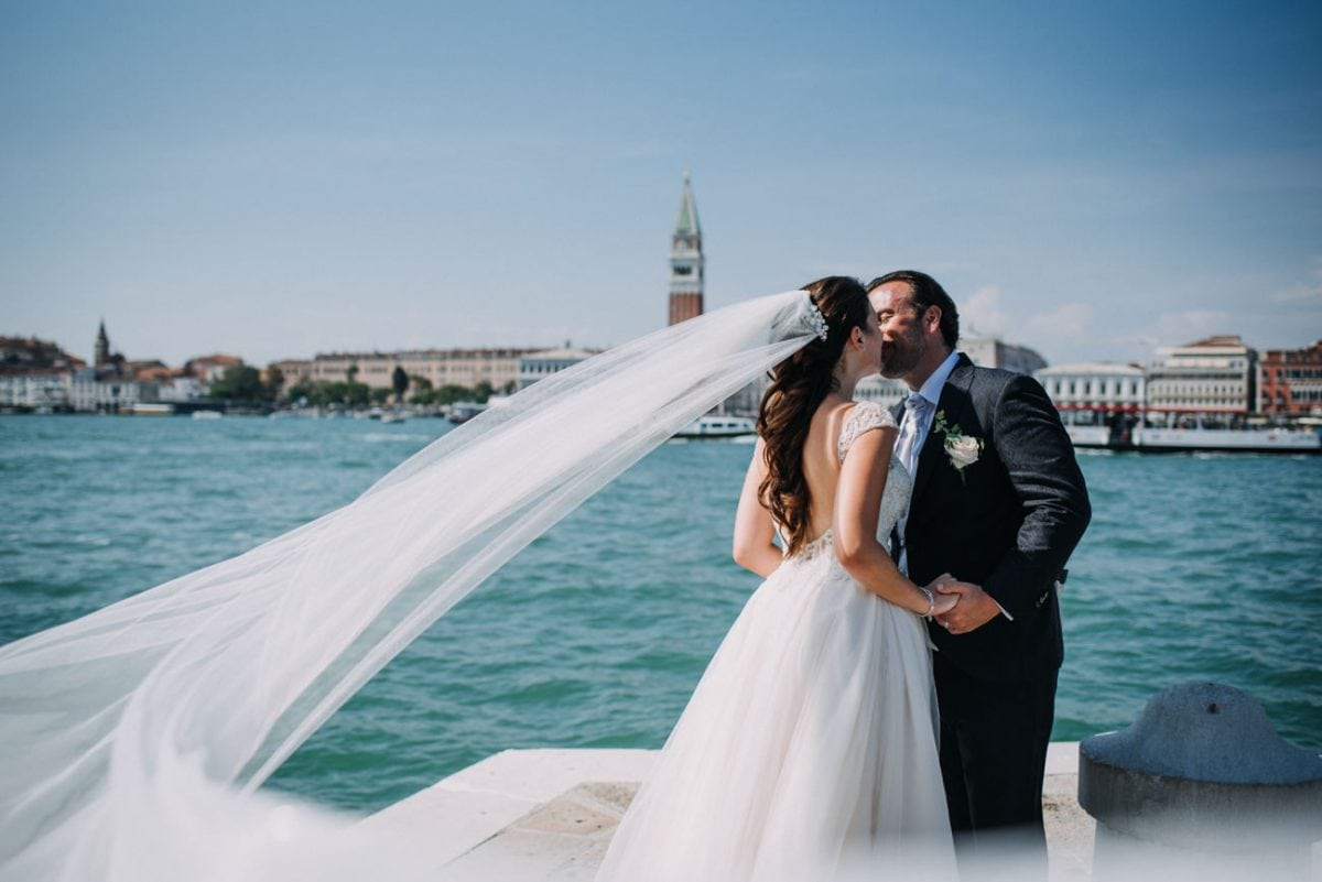 Wedding in the Church of Redentore, Venice - Catholic Wedding in Venice - Wedding Photographer Venice